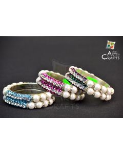 Bangle With Stone and Pearls